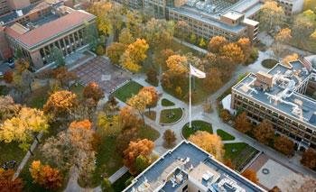密歇根大学安娜