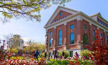华盛顿大学逆袭