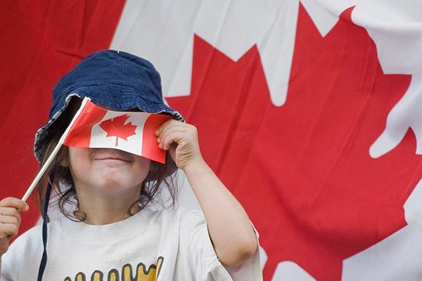 加拿大访问签证