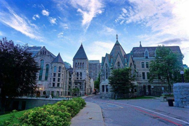 """""""大龄""""申请加拿大留学,怎样做才能不被拒签?"""